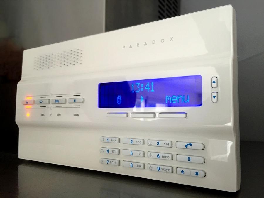 test alarme sans fil paradox magellan mg6250 certifi e en 50131 ass security blog. Black Bedroom Furniture Sets. Home Design Ideas