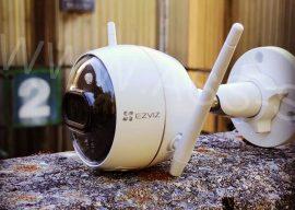Test : EZVIZ C3X, une caméra HD 1080p filaire à double objectif, abreuvée à l'intelligence artificielle
